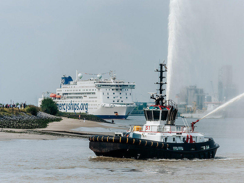 Global Mercy arrives into Antwerp